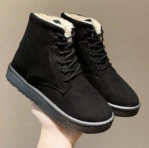 Зимние ботинки на шнурках черные