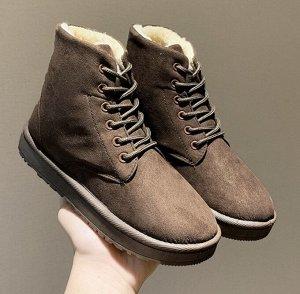 Зимние ботинки на шнурках  коричневые
