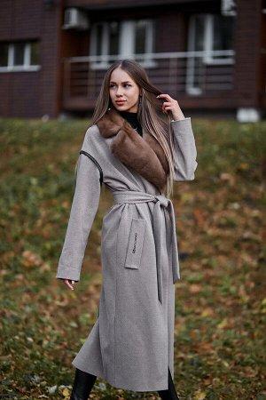 Пальто с отделкой их меха норки beige