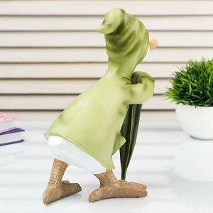 "Сувенир полистоун ""Утёнок в зелёном дождевике с зонтом"" 23,5х17х13 см"