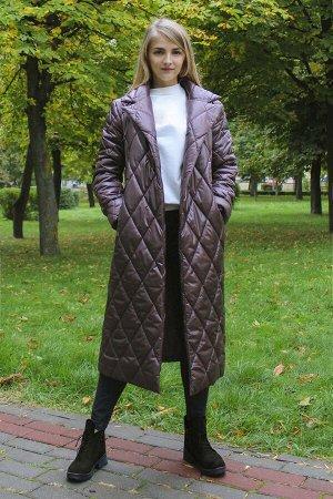 Пальто ВЕРХ: ПЭ 100%            ПОДКЛАДКА:              ПЭ 100%  Стеганное пальто на синтепоне прямого покроя, с поясом, внутри потаенные пуговицы, рукав с отворотом.