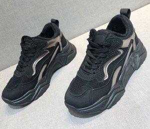 Зимние кроссовки на иск. мехе,черный