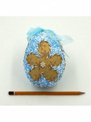 Яйцо пасхальное с бантом и цветами голубое