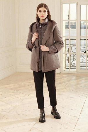 Куртка женская, цвет кофейный