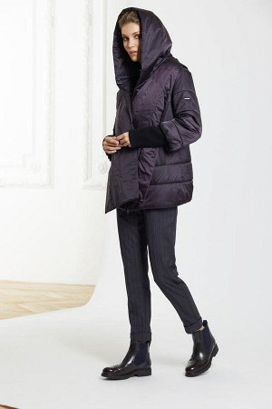 Куртка женская, цвет баклажан