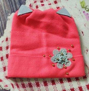 Шапка для девочки. Цвет ярко-розовый