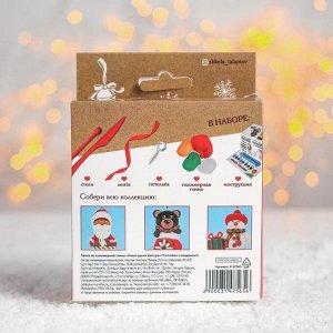 Новогодняя подвеска из полимерной глины «Снеговик»