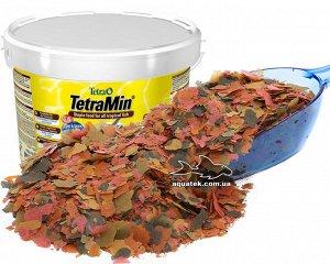 Корм Tetra Тщательно отобранная комбинация из питательных веществ витаминов и минералов обеспечивает здоровье богатство красок и жизненную силу рыб. Содержит 40 видов отборного сырья. Легко усваиваетс