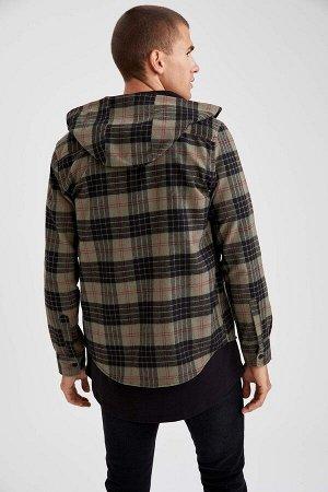 рубашка Размеры модели: рост: 1,85 грудь: 98 талия: 80 Надет размер: M  Хлопок 70%, Полиэстер 30%