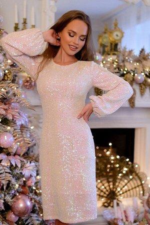Платье Красивое платье из нежнейших пайеток. Чтобы блистать в новогоднюю ночь -выбирайте струящийся, сверкающий наряд! Цвет пайеток- нежный белый с розовым отливом. Изящное платье для торжественных сл