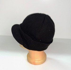 Шапка Зачетная шапка с козырьком  №1650