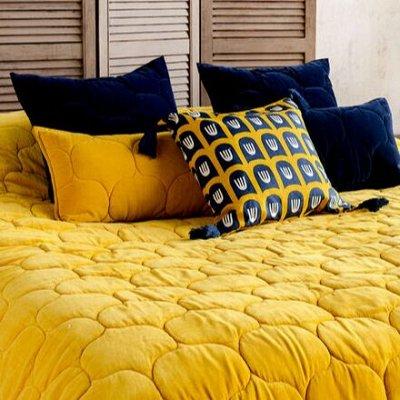 Красивые , теплые, стеганные покрывала. — Декоративные подушки. — Подушки