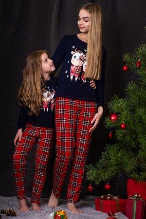 Пижама С КОРОВКОЙ - СИМВОЛ ГОДА  Данный товар в одной расцветке ткань: кулирка  состав: 100% хлопок А не устроить ли на Новый год пижамную вечеринку? Или Рождественскую фотосессию в ярких уютных пижам
