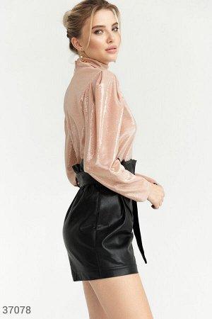 Мерцающая закрытая блуза