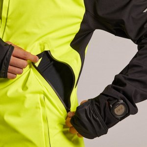 Куртка для бега kiprun warm regul мужская черно-зеленая kiprun