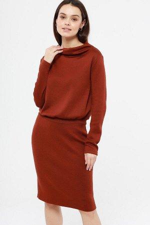 Платье Состав: 70% полиэстер, 25% вискоза, 5% лайкра Цвет: рыжий  Длина изделия: 100 Платье женское из трикотажного полотна. Рукав длинный. Воротник- цельнокроеная стойка. Пояс втачной.