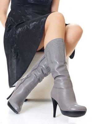 Сапоги Страна производитель: Китай Размер женской обуви x: 36 Полнота обуви: Тип «F» или «Fx» Сезон: Зима Вид обуви: Сапоги Материал верха: Натуральная кожа Материал подкладки: Натуральный мех Каблук/