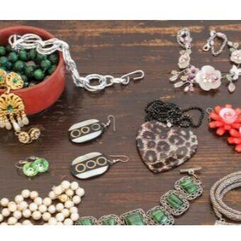Часы,игрушки,косметички,канцелярия... Быстрая раздача!!!     — Бижутерия,аксессуары — Бижутерия
