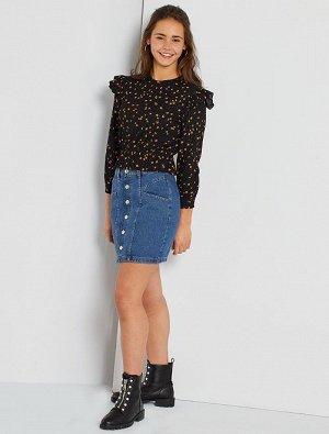 Короткая джинсовая юбка