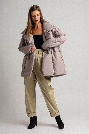 Куртка Сезон: демисезонные. Модель: удлинённая. Цвет: бежевый. Комплектация: куртка. Бренд: DREAMWHITE. Фактура: однотонная. Посадка: прямая. Состав подкладки: полиэстер-100%. Состав верха: полиэстер-
