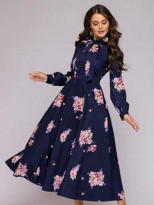 Платье темно-синее с цветочным принтом