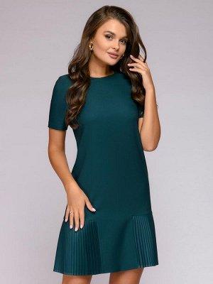 Платье зеленое c короткими рукавами