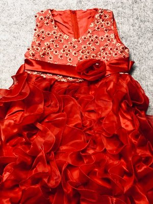 Праздничное платье,красный.