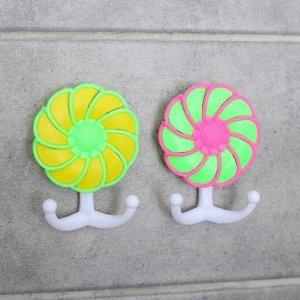 Набор двойных крючков на липучке «Бабочка», 2 шт, цвет и форма МИКС