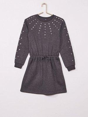 Платье-толстовка со стразами