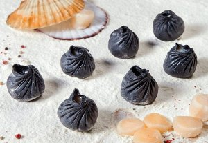 Черные дамлинги с морским гребешком и сливочным сыром (7шт)