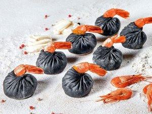Черные дамплинги с креветкой в соусе карри (7шт)