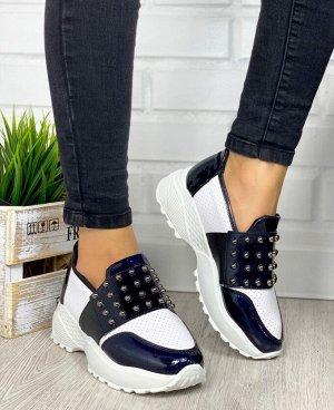 Кроссовки очень классная моделька, особенно хорошо подходит для широкой ноги