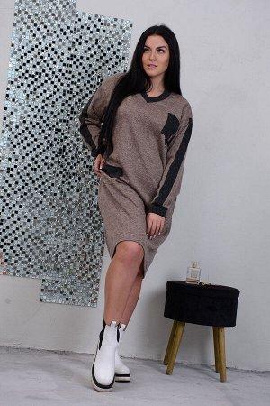 Платье Данный товар в одной расцветке ткань: сандра  состав: 95% п/э, 5% эластан Платье в стиле спорт-шик, прямого силуэта, объемной формы из трикотажного полотна сандра. На левой стороне груди наклад