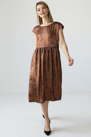 Платье со сборкой по талии