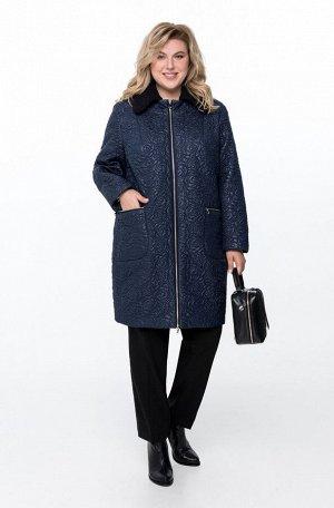 Пальто Пальто Pretty 789 темно-синий  Состав ткани: ПЭ-100%;  Рост: 164 см.  Полупальто демисезонное на утепленной подкладке. Застежка на молнию. Спереди обработаны нагрудные вытачки и карманы с молн