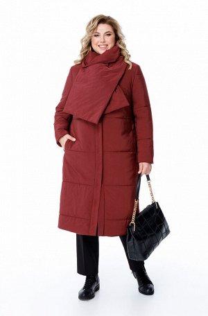 Пальто Пальто Pretty 1875 марсала  Состав ткани: ПЭ-100%;  Рост: 164 см.  Женское удлиненное дутое пальто на синтепоне прямого силуэта, предназначенное для эксплуатации в осенне-зимний период при тем