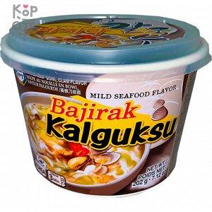 """Суп с лапшой со вкусом моллюсков и мидии """"BAJIRAK KALGUKSU Mild seafood flavor NOODLE soup"""" 202г"""