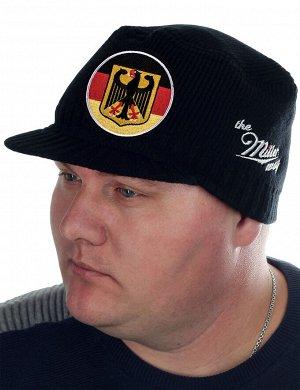 Тёплая кепка-немка от бренда Miller Way с официальной символикой Федеративной Республики Германии - смесовый износостойкий материал, мелкая вязка, подходящая плотность для холодной погоды