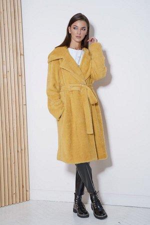 Пальто Пальто Fantazia Mod 3782  Состав: ПЭ-80%; Шерсть-20%; Сезон: Осень-Зима Рост: 164  Девушка в пальто всегда смотрится элегантнее и женственнее, чем дама в куртке или пуховике. Оно преображает н