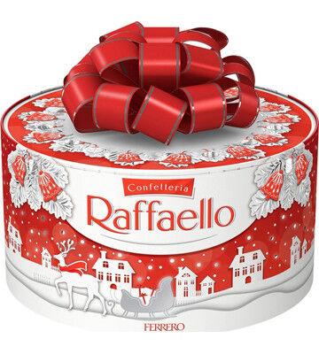 Новогодние сладости! 🎄Готовим подарки к празднику  — Конфеты Raffaello и Ferrero Rocher!  Коллеге — Конфеты