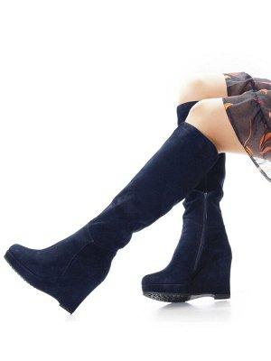 Сапоги Страна производитель: Китай Размер женской обуви x: 35 Полнота обуви: Тип «F» или «Fx» Сезон: Зима Вид обуви: Сапоги Материал верха: Замша Материал подкладки: Натуральный мех Каблук/Подошва: Та