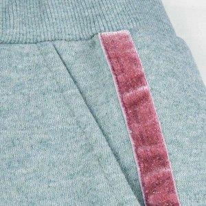 Брюки Количество в упаковке: 1; Артикул: BN-494З20-490; Цвет: Зелёный; Ткань: Футер с начесом; Состав: 60%хлопок,40% полиэстер; Цвет: Зелёный Скачать таблицу размеров