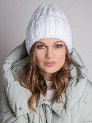 Шапка женская, крупная вязка коса с отворотом, белый