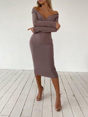 Трикотажное платье-миди в рубчик с имитацией запаха