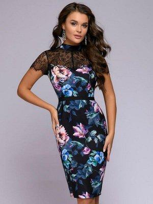 Платье черное длины мини с кружевной отделкой и цветочным принтом