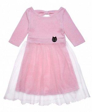 Платье Хлопок 70%, полиэстер 30%. Цвет розовый. Мягкое платье из трикотажного велюра нежно розового цвета. Вырез горловины углублен в задней части и украшен бантом. Рукава 3/4 не сковывают движения. П