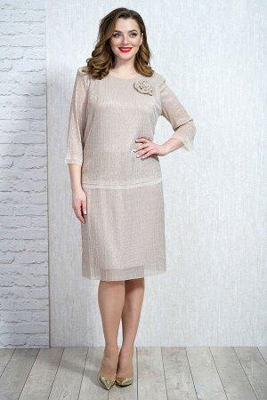 Платье Платье Белтрикотаж 4310  Состав: Вискоза-26%; ПЭ-65%; Спандекс-4%; Металл-5%; Сезон: Осень-Зима  Платье женское двойное. Нижнее платье прилегающего силуэта. По переду нагрудные вытачки. Верхня