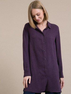 Блузка Состав ткани: Вискоза 100% Длина: 79 См. Описание модели Удлиненная фиолетовая рубашка. Модель свободного кроя, имеет воротник-стойку, длинные рукава с манжетами на две пуговицы. Спинка выполне