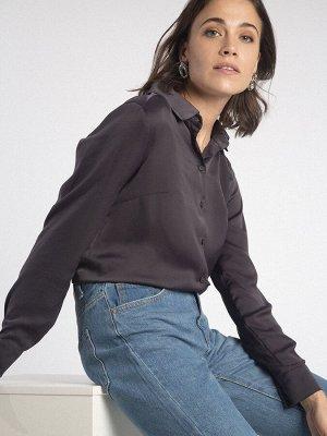 Блузка Состав ткани: Полиэстер 77%, Вискоза 20%, Эластан 3% Описание модели Стильная блузка цвета мокрого асфальта идеально подойдет для повседневного и торжественного гардероба. Ее классно сочетать с