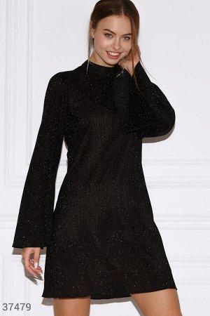 Черное свободное платье